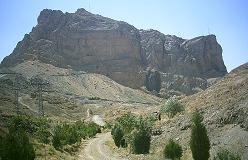 Kouh Soffeh - et ganske typisk eksempel på Irans ørkenbjerge
