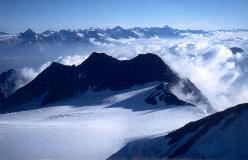 Balfrin med Berner Alpen i baggrunden
