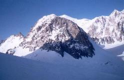 Aiguille de Toule set fra omegnen af Col des Flambeaux