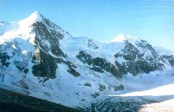 Mont Durand med Ober Gabelhorn til venstre set fra Cabane du Mountet