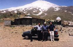 Gusfand Sara, udgangspunkt for bestigning af Damavand ad normalvejen