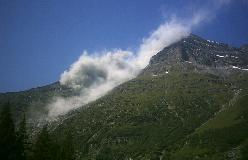 Endnu et bjergskred vælter ned fra toppen af Garde de Bordon